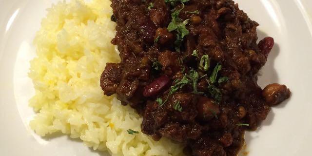 豚肉と豆のカレー