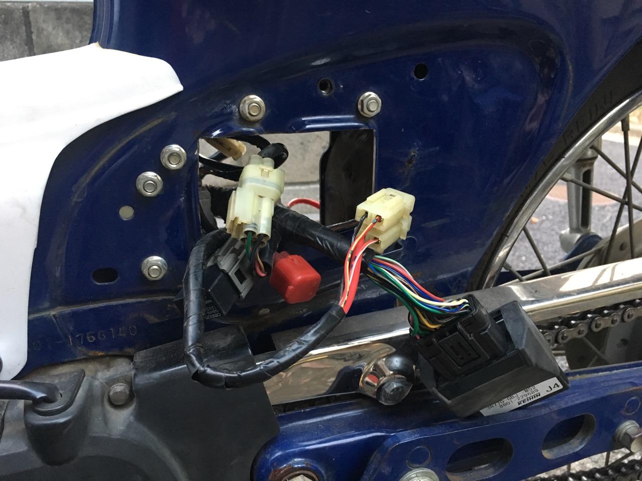 カブ 電装系 移設