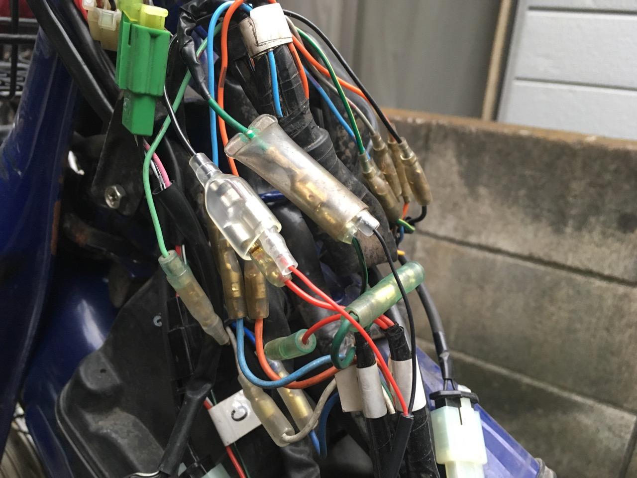 カブ USB電源配線
